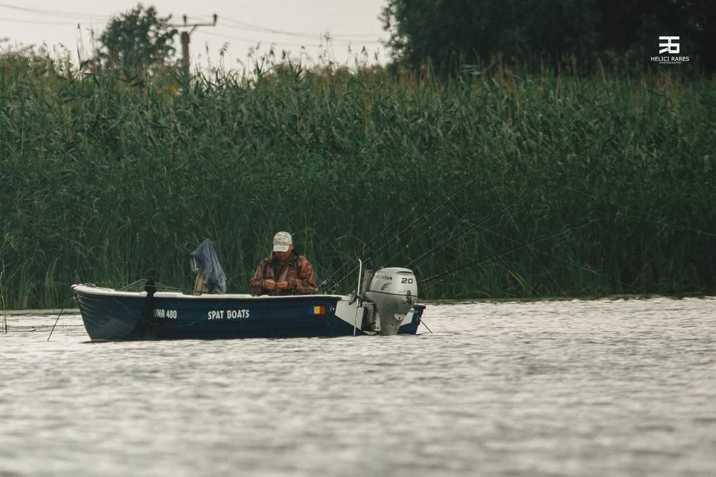 pescar-in-barca
