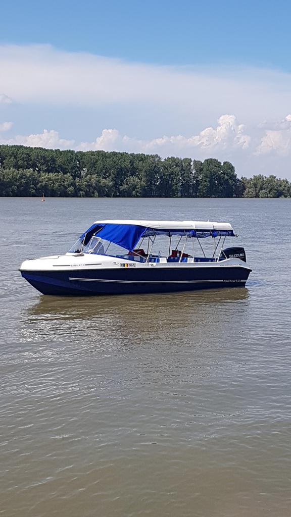 ambarcatiune-excursie-delta